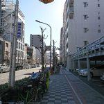 ⑦立体駐車場が見えてきたら蒲田営業所までもうすぐ!
